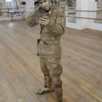 живая статуя военный 5